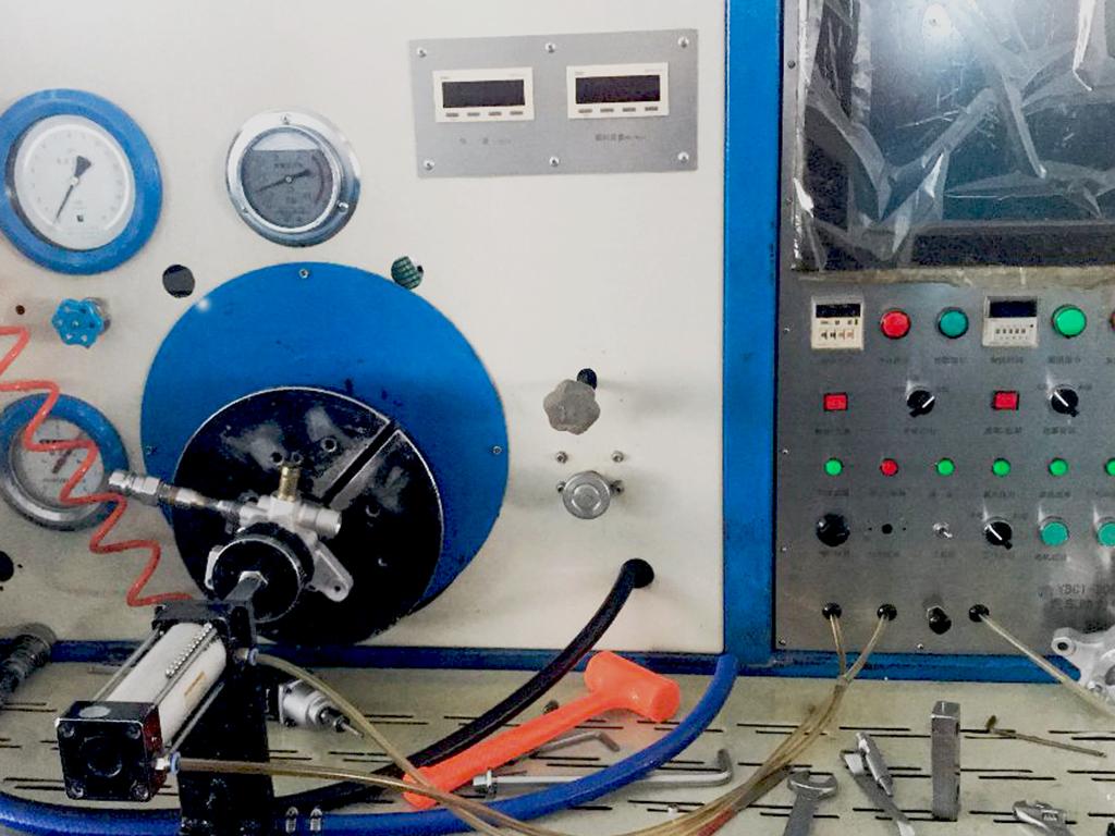 2 AUTO CNC